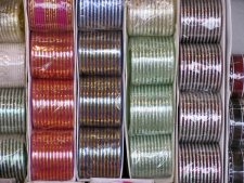 Bangles-for-sale,-Bhimashankar