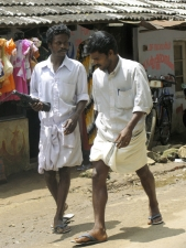 Men-in-traditional-dress-calle