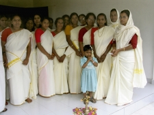 Traditionally-dressed-women-in