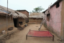 SANTHAL-TRIBE-Mud-houses-and-c